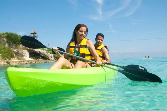 Promo Mexicano Paquete Familiar Parque Garrafón Isla Mujeres + Encuentro con Delfines