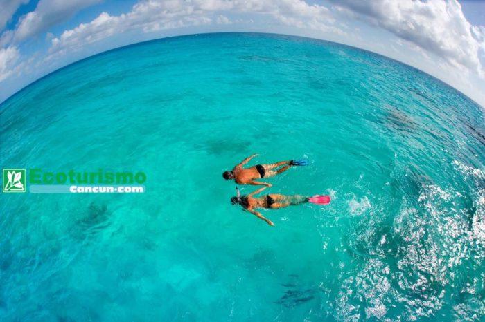 Isla Mujeres en Catamarán con Snorkel MUSA